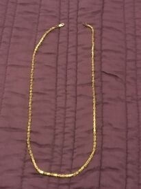 Solid 18ct gold ladies boxchain