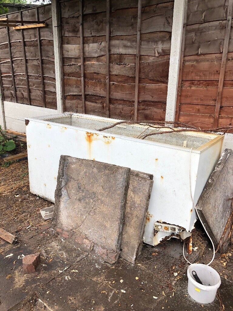 Old Faulty Commercial Restaurant Chest Freezer