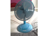 Pico 3 setting desk fan mains £3