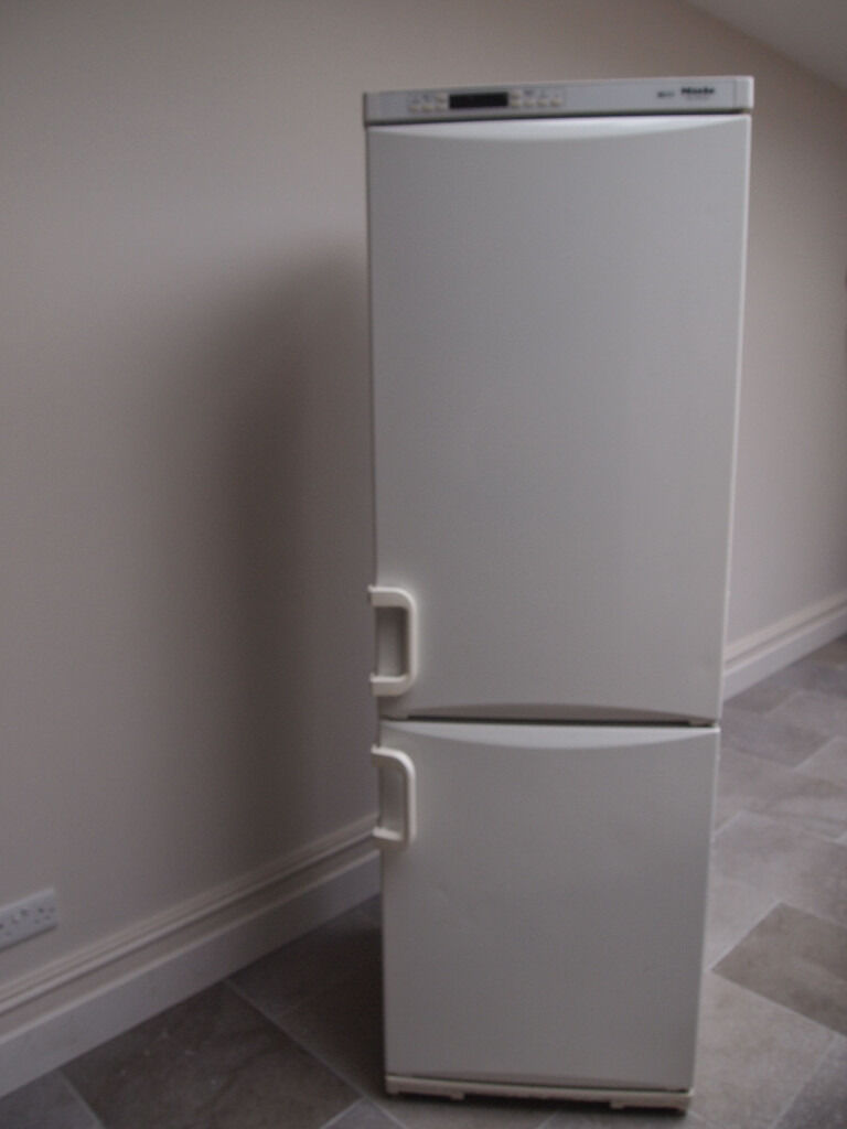 fridges works well for hatichi freezers fridge used great extra freezer second p hand garage buisness