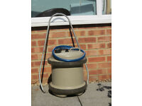 Aquaroll - 29 litre c/w handle & hose