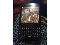 Blackberry Q5 touch and tayp unlocked