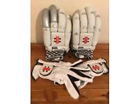 Gray Nicholls Oblivion 5 Star Cricket Gloves & Glove Liners.