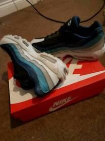 Nike airmax 95s size 11