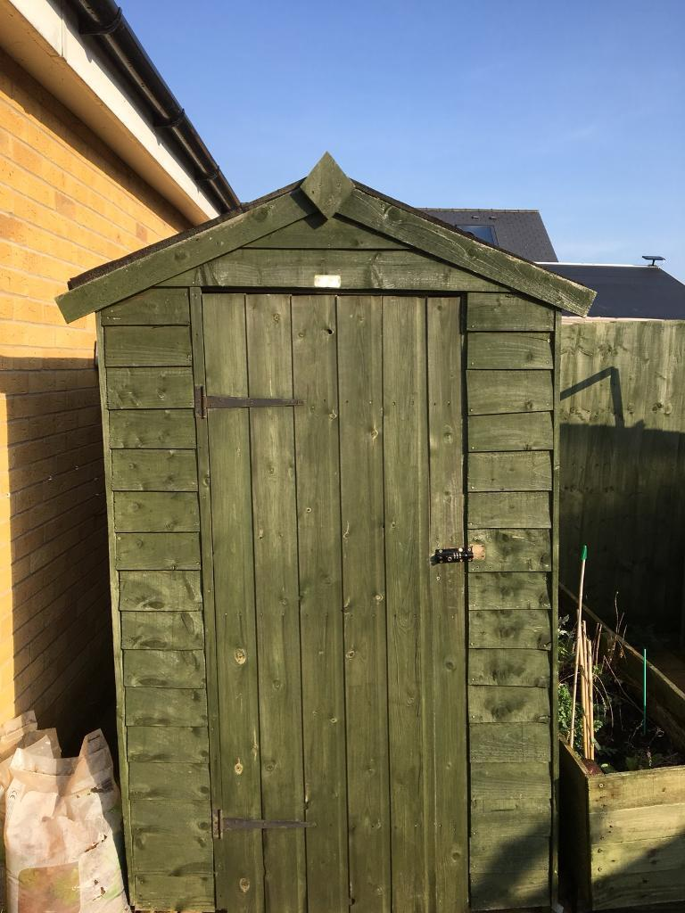 Garden shed 6x4 painted green