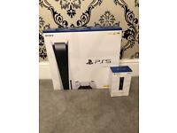 PS5 Disk Edition **SEALED*With Dualsense charging station