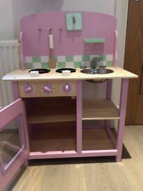 GLTC Pink Play Kitchen - excellent condition