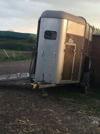 Iforwilliams hunter horse trailer