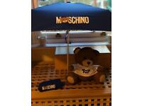 MOSCHINO Compact Umbrella with Teddy Bear Pouch Brand New with Tags