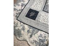 Vintage bed quilt