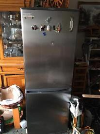 DAEWOO FROST FREE FRIDGE FREEZER GRAPHITE IN EXCELLENT CONDITION