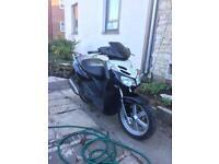 Aprilia Sport City 125 moped