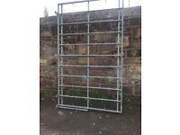 Galvanised Van roof rack/ladder rack with roller