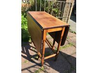 DROP LEAF TABLE - GOOD CONDITION - SEE PHOTOS