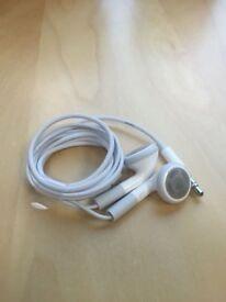 APPLE IPOD EARPHONES - NEW