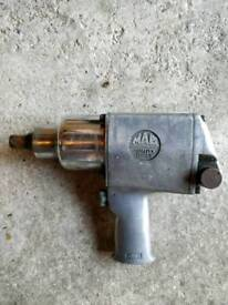 Large Pneumatic impact wrench MAG Tools