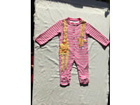 Baby grow pink&white lines JoJoMamanBebe 100% cotton made in India size 6-9 mths