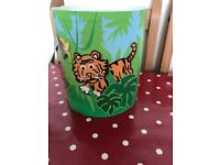 Animal lampshade for ceiling