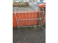 Set of strong metal gates for driveway - great condition