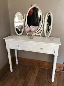 Shabby Chic Dressing Table with Louis Triple Mirror