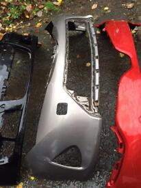 2014 2015 Toyota Auris genuine front bumper hybrid can post with grill
