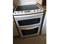 Freestanding cooker in WHITE