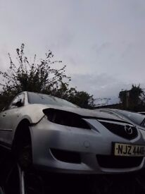 2004 MAZDA 3 TS 1.6 DIESEL BREAKING FOR PARTS