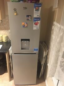 Becko fridge and freezer 2 months used