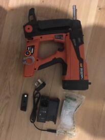 Spit Pulsa 800P+ Gas Nail Gun