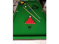 6ft Snooker Table in good working order. Complete with balls, cues and scoreboard.