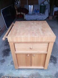 Mobile Beech Wood Kitchen Block