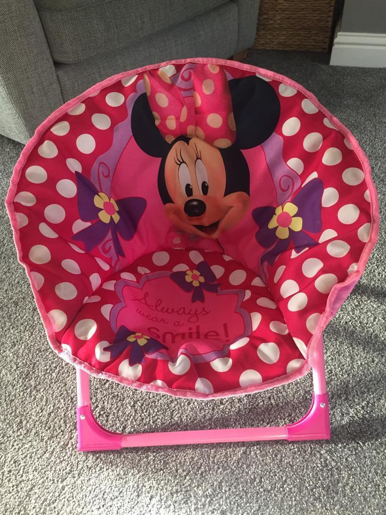 Minnie Mouse chair.