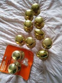 11 brass effect door knobs