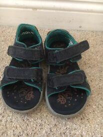 Boys Clark's sandals - size 8 1/2 g