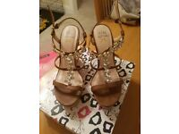 WOMENS KURT GEIGER BROWN AND JEWELLED WEDGES SIZE 8