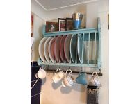 Distressed shabby chic lovely solid plate rack.