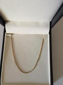 Reduced price - 9ct gold ladies necklace chain - Hallmarked 375