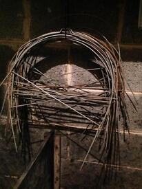 Tunnel Closhe Hoops for corrugated tunnels in garden