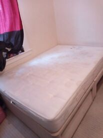 Double mattress bed