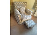 2 Armchairs and matching stools cushions blue cream lounge suite