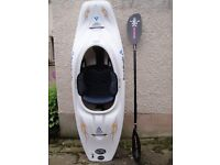 Liquid Logic CR250 Cross River boat designed for all levels of paddlers, as new, with paddle.