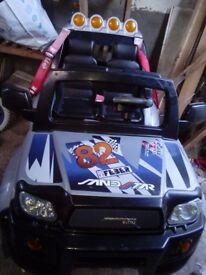 12v 2seater jeep.... 6v motorbike