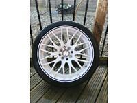 Calibre White alloy wheels Fiesta/Ford