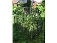 Barnesbrook dog cage. Fits Volvo XC90 boot (and others)