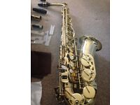used elkhart alto sax (near perfect condition)