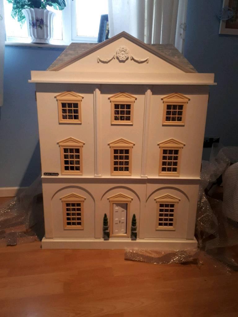 Georgian Dolls House Fully Furnished