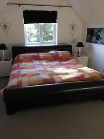 Super kingsize bed