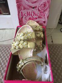 Girls Gold Lelli Kelly sandals size 35