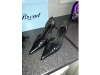Job lot of lady's shoes and boots please see all pictures