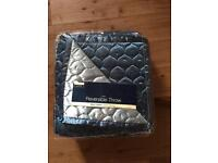 Large Luxury Teal Coloured Reversible Throw - New